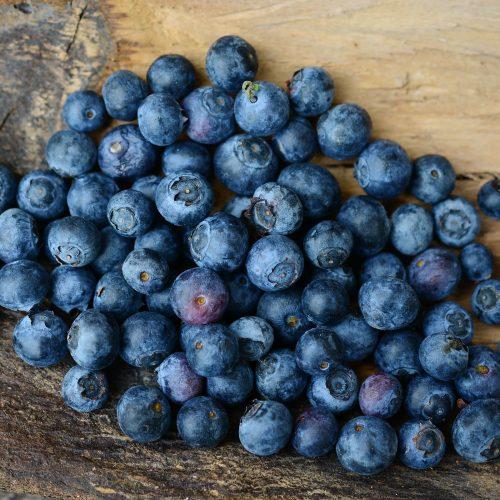 180 Balazuc Ardèche gîte charme vue panoramique jacuzzi fruits légumes saison myrtilles