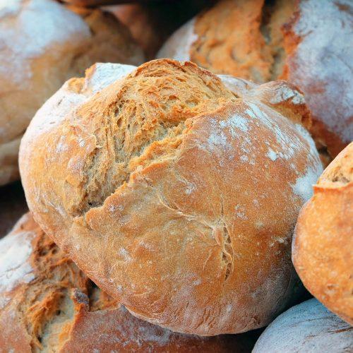 180 Balazuc Ardèche gîte charme vue panoramique jacuzzi pain bio à l ancienne
