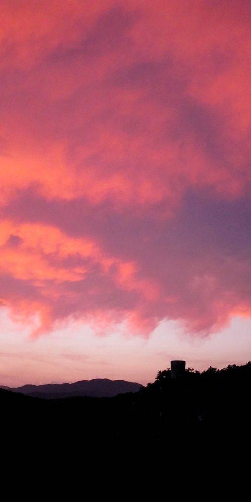 180 Balazuc Ardèche gîte charme vue panoramique jacuzzi terrasse coucher de soleil